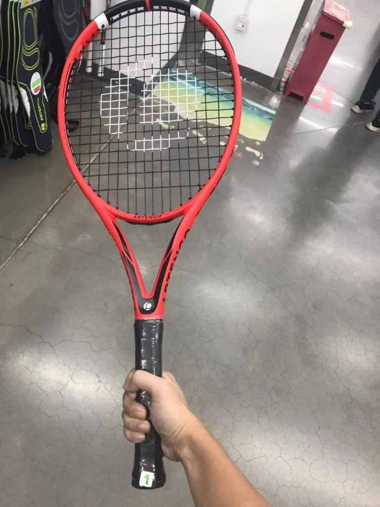I'm choosing Lightweight Tennis Racquets